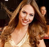 Raluca este live dealer Evolution Gaming